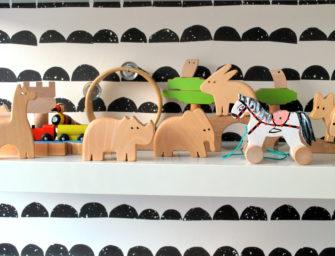 Sprawdź, dlaczego Twoje dziecko nie lubi drewnianych zabawek!